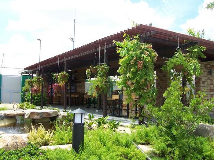 Công trình giàn hoa Pergola gỗ nhựa HTWood