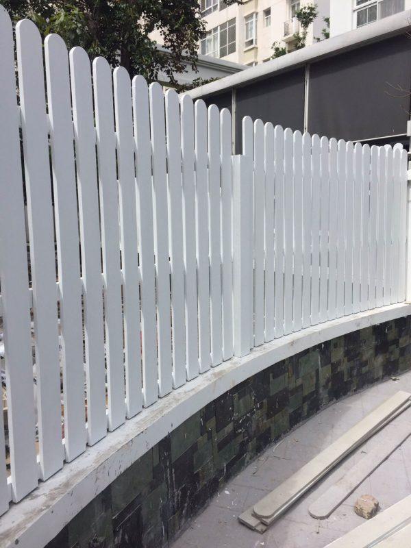Hàng rào conwood 100x2000x16mm