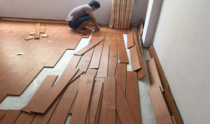 nhân công lắp đặt sàn gỗ tại HTHSaiGon