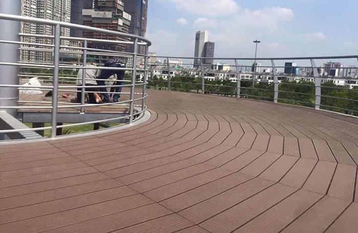 sàn gỗ cầu cảng